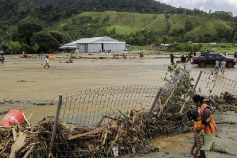 The death toll from flash floods and landslides in Indonesia's Papua province has increased to 77, authorities said on Monday.  - http://bit.ly/2FeNnvJ