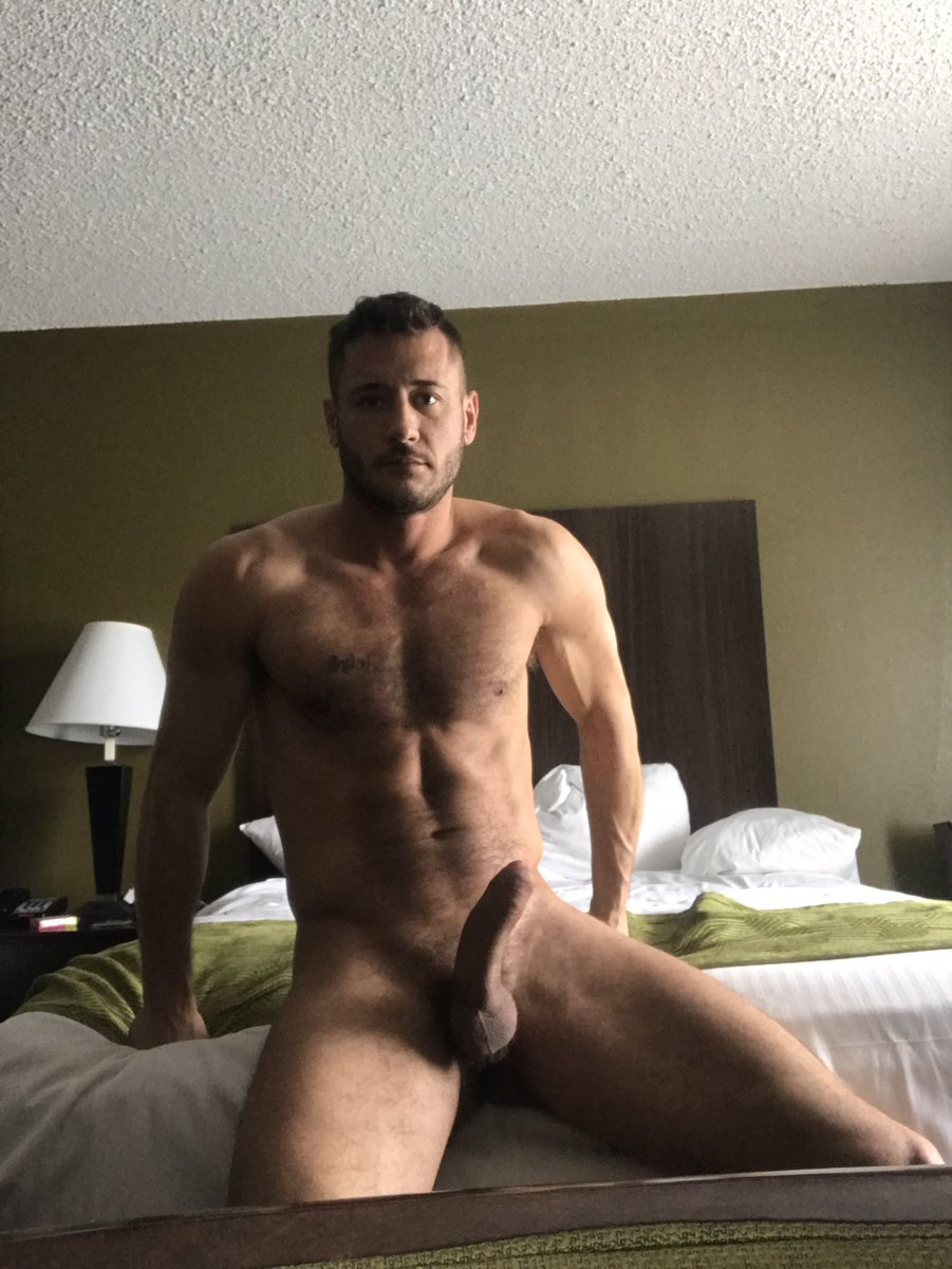 Danny Mountain Naked