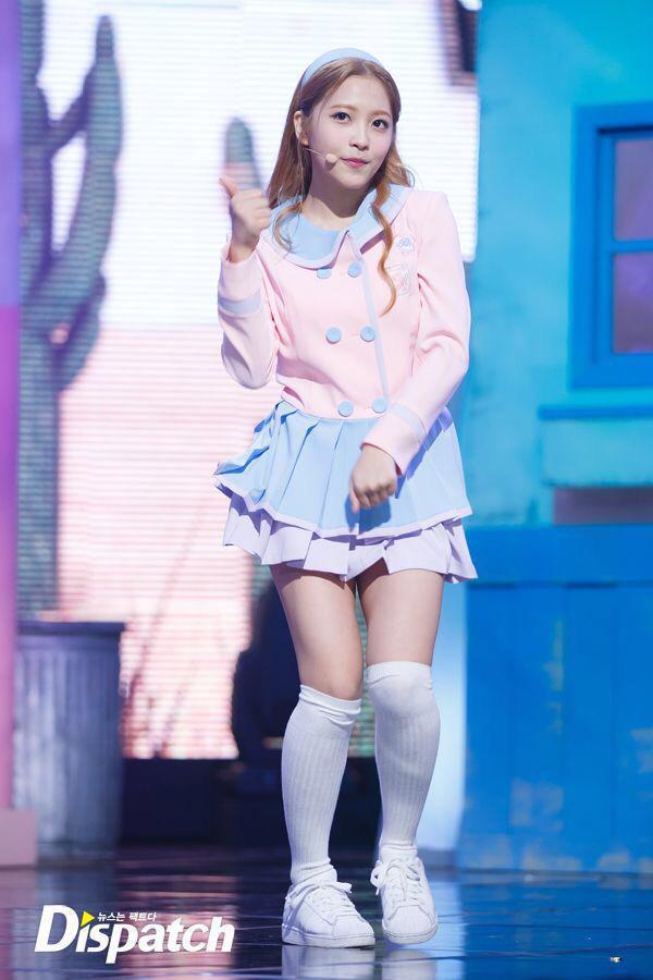 RT @kyr935: 150319 Ice Cream Cake - Red Velvet Comeback Stage at Mnet M Countdown #Yeri #예리  #4YearsWithYeri https://t.co/32HZ83WSqh