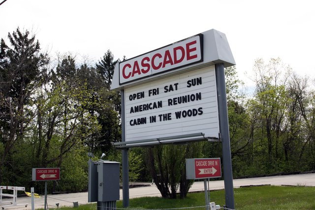 Huge Kick In The Nuts: Cascade Drive-In To Close After 57 Years barstoolsports.com/chicago/huge-k…