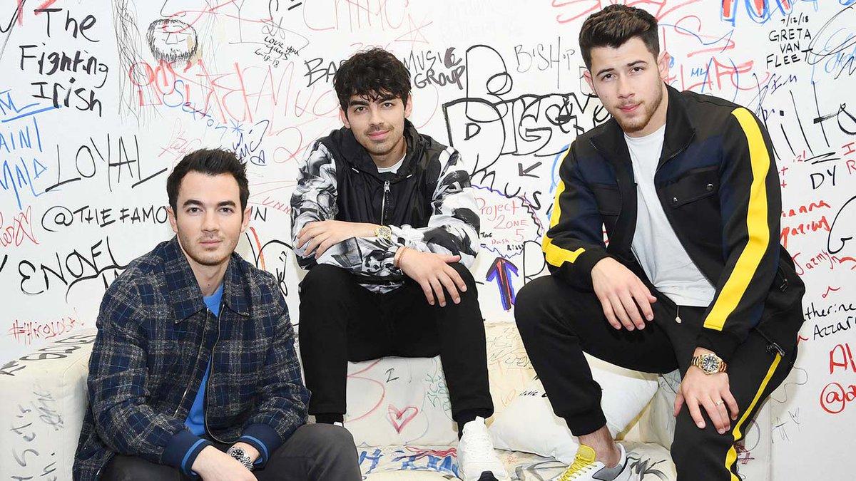 Jonas Brothers pack a #Sucker punch on Australia's singles chart this week #BillboardNews