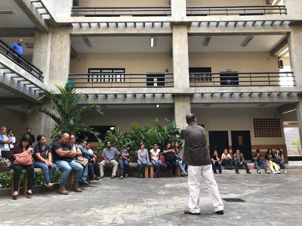 #18Mar #Venezuela #Carabobo #Valencia #UniversidadDCarabobo #Educación @UCarabobo #SectorEducativo #Universidad #Universidades #estudiantes #Docente #Docencia #PersonalAdministrativo #PersonalObrero #ComunidadUniversitaria #ConsejoDFacultad #Facultad #CienciasJurídicasYPolíticas
