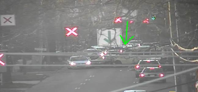 UPDATE: E 7th St. is BLOCKED east of Pecan Ave. due to this crash #cltraffic #clttraffc #clt<br>http://pic.twitter.com/mN1ZWfHkMe