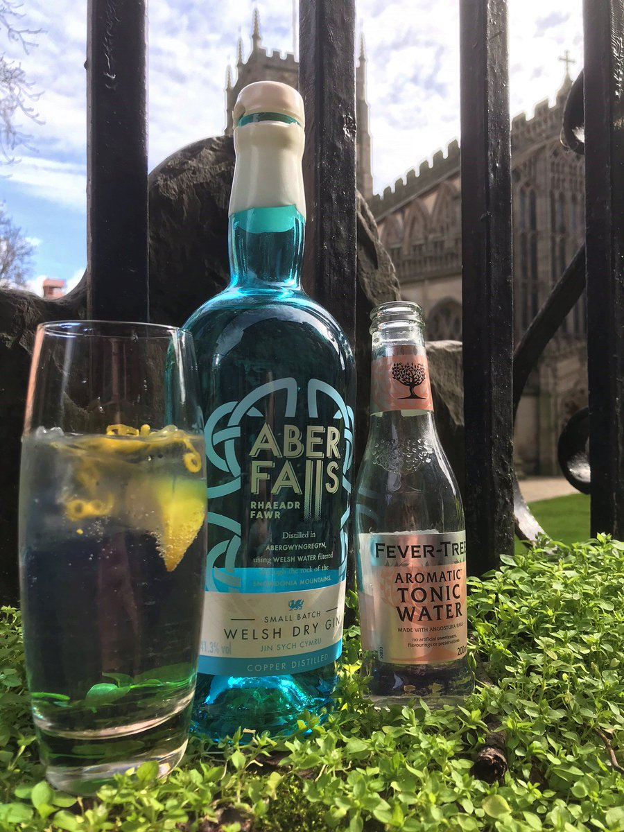 #GOTW this week is all about the Welsh  @Aber_Falls Dry Gin - liqourice, coriander seed, juniper and citrus  @FeverTreeMixers Aromatic Tonic enhances the liquorice & coriander, whilst a lime wedge & lemon zest invigorate the citrus  £5 - 18th-24th March  @CRBrewery @GinMonkeyUK