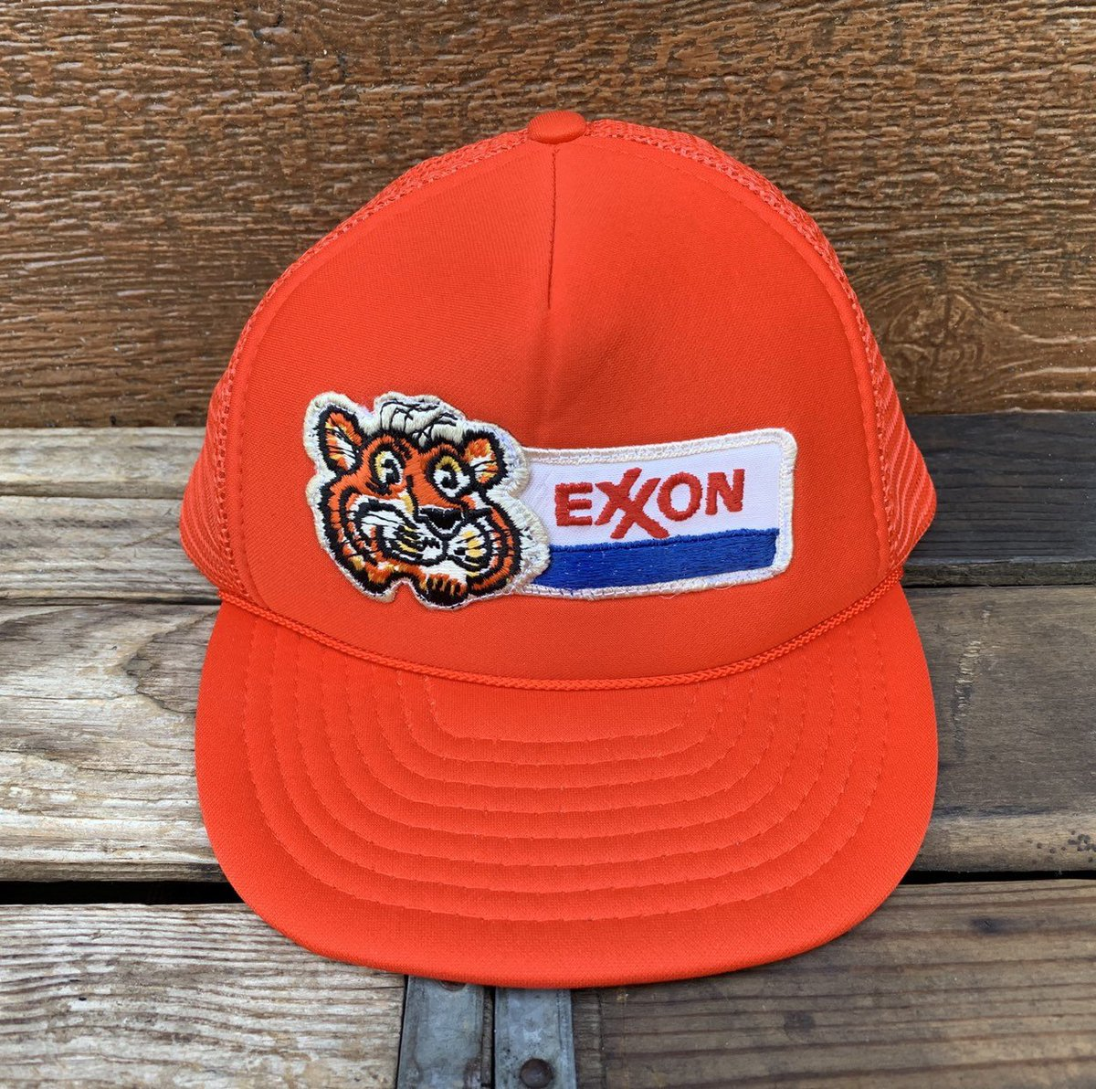 554946323b5 Exxon esso tiger gas station vintage orange mesh snapback trucker hat jpg  1200x1192 Vintage snapback etsy