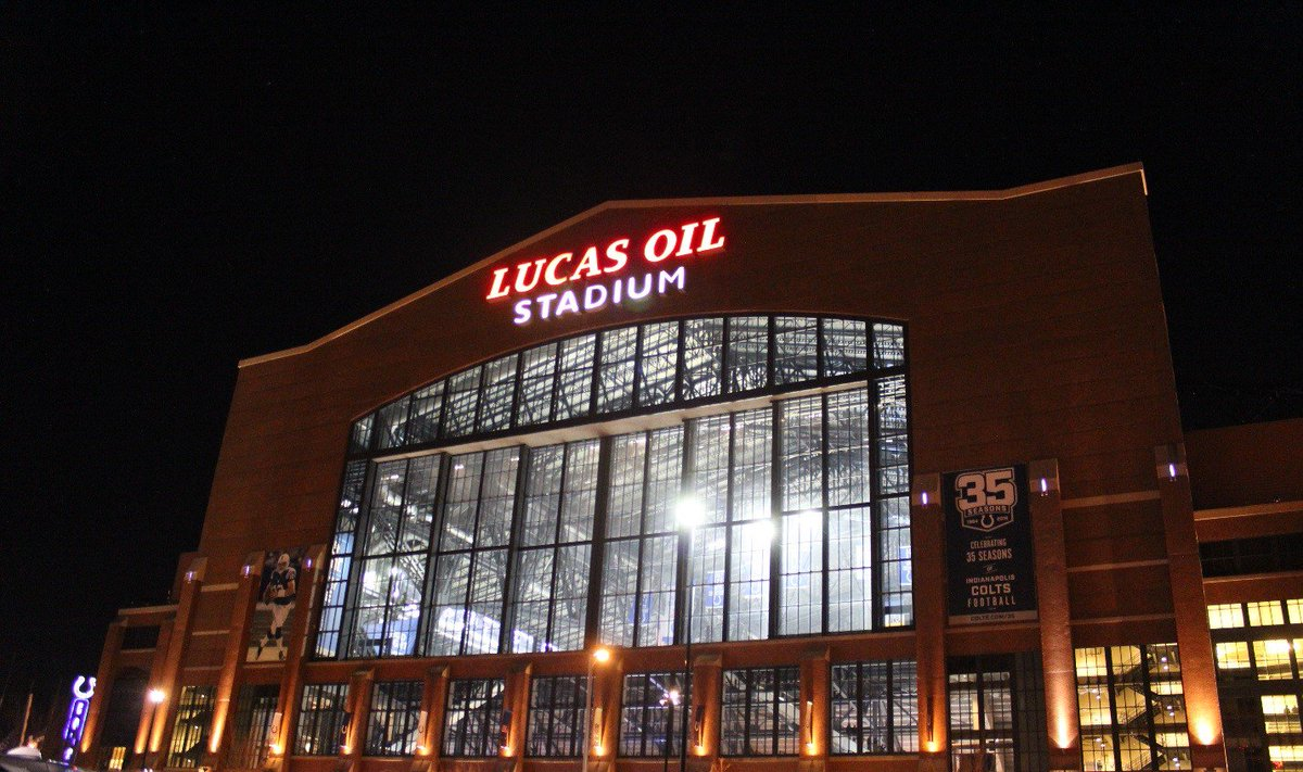 .@LucasOilStadium Public Tours Available This Week: Tuesday, 3/19: 11am, 1pm, 3pm Wednesday, 3/20: 11am, 1pm, 3pm Thursday, 3/21: 11am, 1pm, 3pm 🎟️Tickets: http://bit.ly/lostours