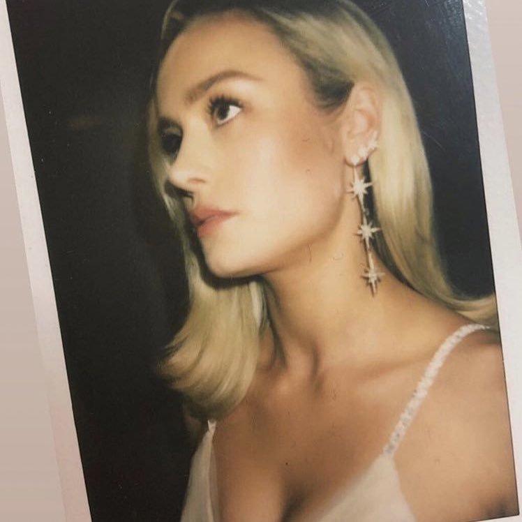 RT @CAPTAINLARS0N: brie larson polaroids https://t.co/B9BOOVknOi