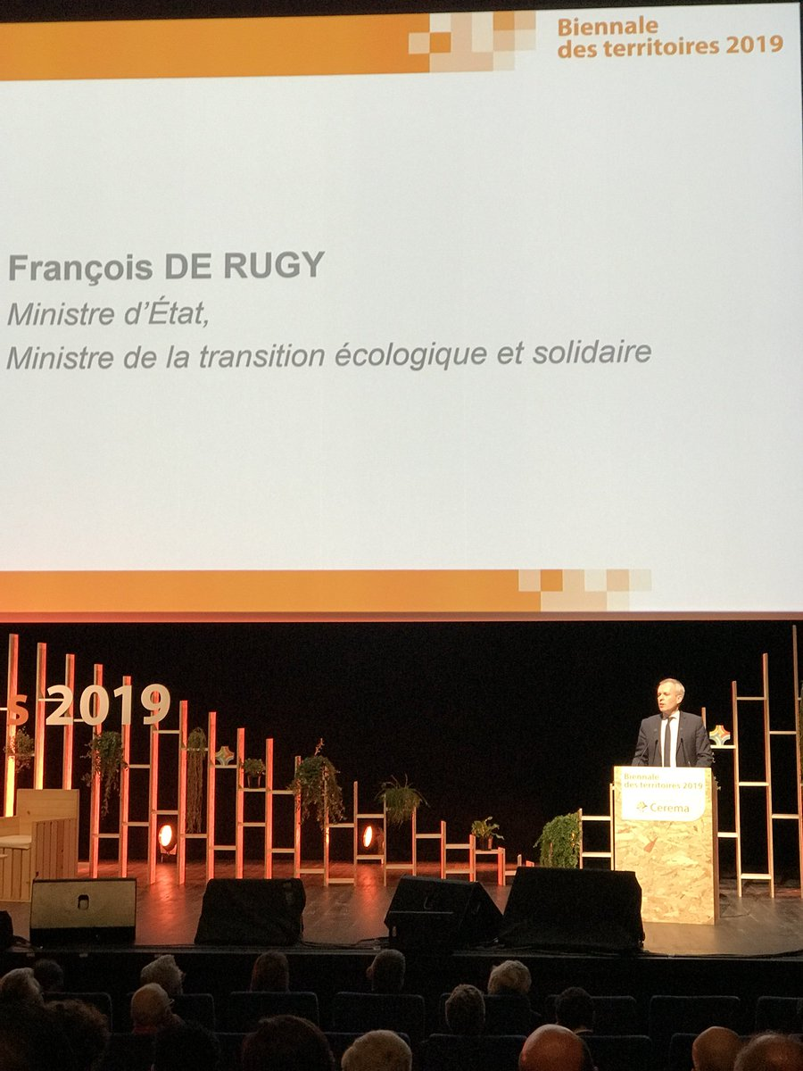 Powerful messages by Minister at #BDT2019 organised by @CeremaCom in Paris: #Climatechange kills. #Maintenance strategies are needed. #Resilience should be built in. Join us for the @PIARC_Roads session tomorrow afternoon.