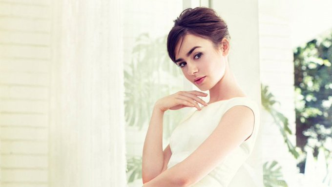 Happy birthday, Lily Collins! Today the English actress turns 30 years old, see profile at:
