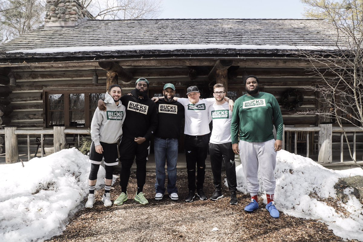 Thank you to all-time leading @packers rusher @AhmanGreen30 for stopping by to chat with our team!  #DestinationKohler<br>http://pic.twitter.com/wUIfiaF3RM