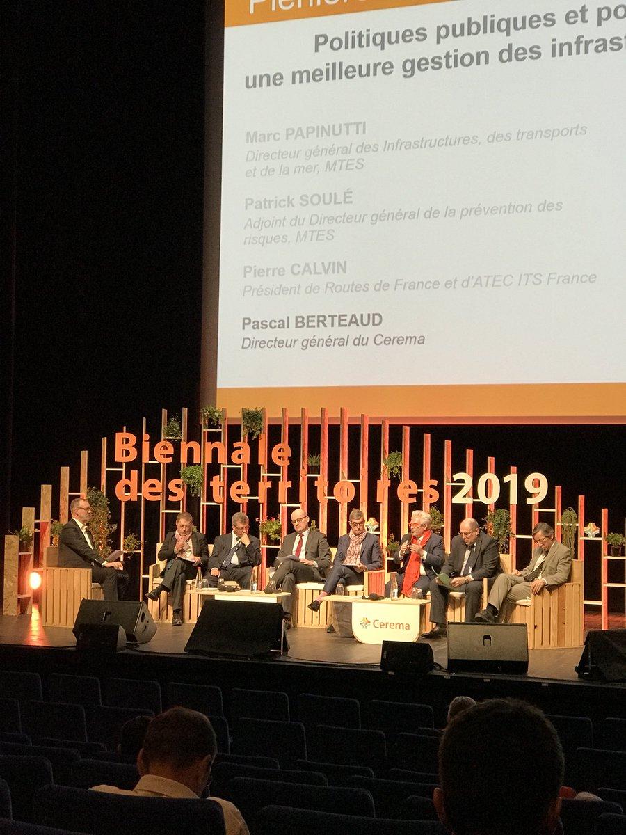 Pascal Berteaud @CeremaCom : Il faut des outils mutualisés entre les acteurs, au niveau local, régional, national. #BDT2019. Mobilisons l'AIPCR @PIARC_Roads pour contribuer à les élaborer.