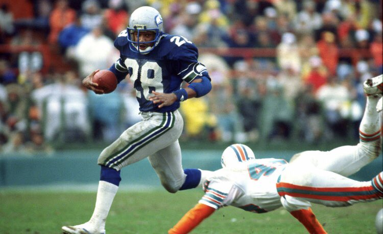 Happy Birthday to former Seahawks first round draft choice and Ring of Honor Member @curtwarneragent!<br>http://pic.twitter.com/OujtANAen2