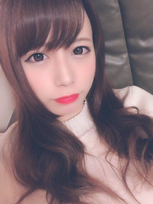 グラビアアイドル桜りんのTwitter自撮りエロ画像3