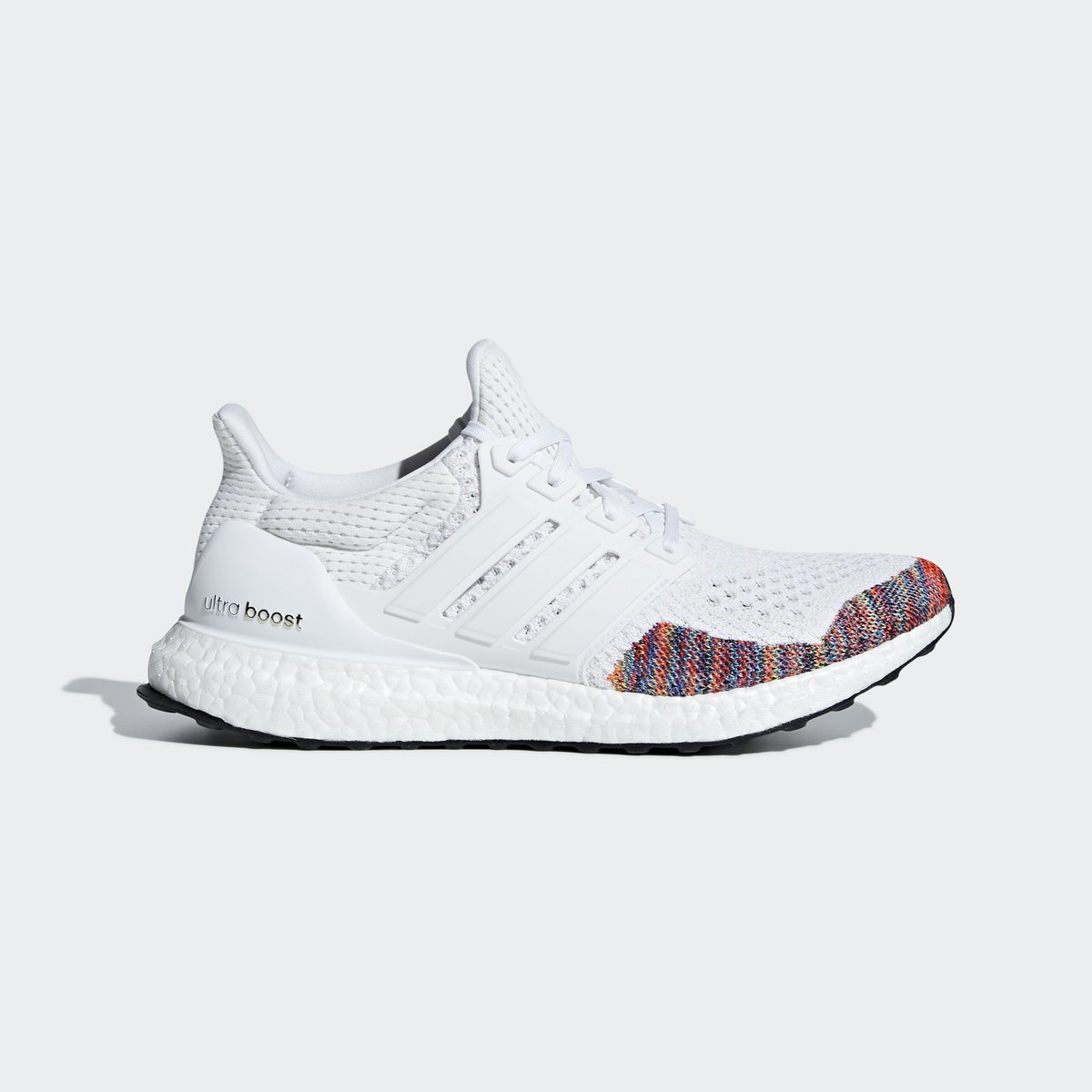 5e423c16b276c Sizes restocked on  adidas US. adidas Ultra Boost 1.0 Multicolor. —   http   bit.ly 2CsCiq6 pic.twitter.com hsQG5zq0av
