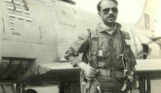 RT @Faiz95431438: Even maggie takes two minutes but this guy took 30 seconds to destroy 5 Endian jets.  #MMAlam https://t.co/YzzPpCGAhm