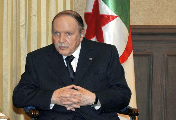 Algeria's Bouteflika issues new letter, defies pressure to step down immediately