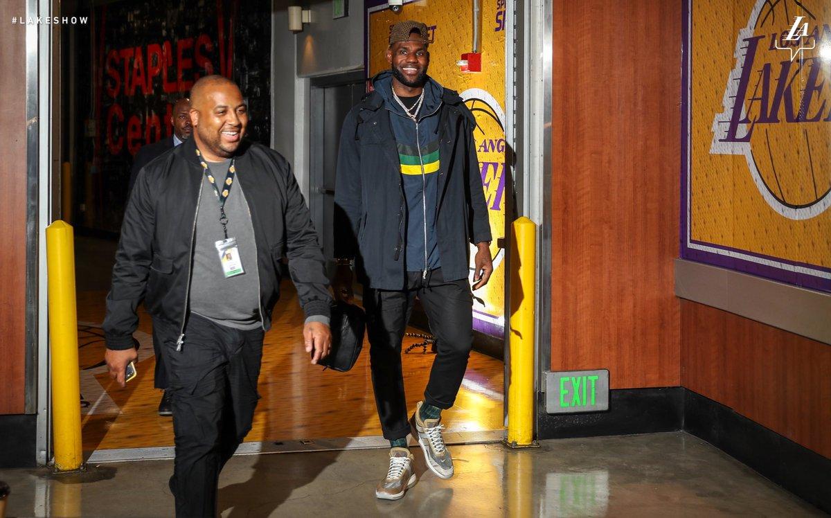 56b6b3328 Los Angeles Lakers on Twitter