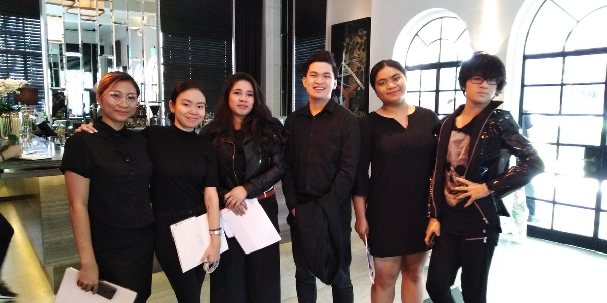 """MINT Fashion students here at Sophie B.'s runway show, """"Garden with Wings"""" today at Blackbird Makati. Have a great run guys!  #MINTFashion #FashionProduction pic.twitter.com/33suyIB8tl"""