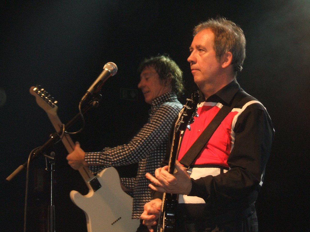 Pete Shelley on Wikipedia is illustrated with this. #PeteShelley Can you do better? https://t.co/bNh8M0DThq https://t.co/E9pkGdmGna