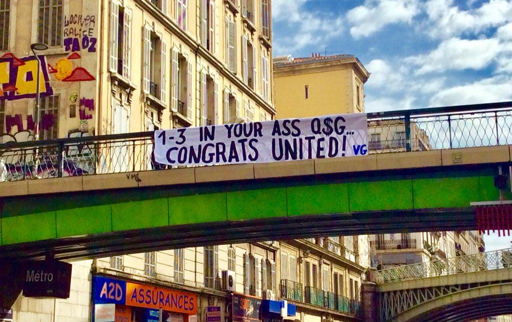 PSG banderole supporters de l'OM vieille garde