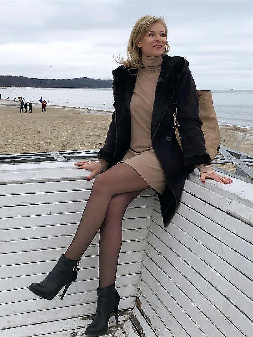 Sexy stocking legs spread necessary words