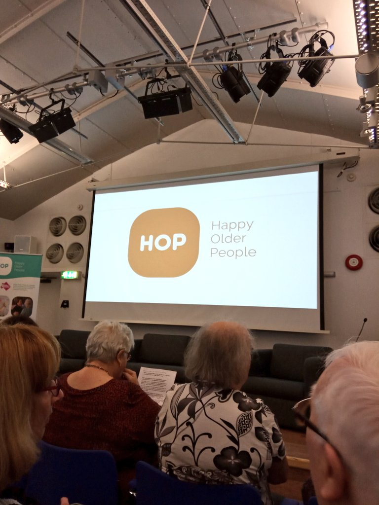 Went to our first @HOPLiverpool network meeting @tateliverpool today! Great to hear about the amazing work of @LiverpoolCares & fab HOP funded projects by @WheelMeetAgain & Sefton Older Persons Forum. Plus met lots of lovely people enjoying & benefitting from the network 👍