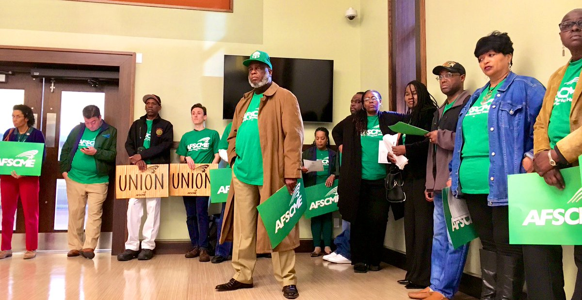 RIGHT NOW: @FAMU_1887 employees with @AFSCME Local 3343 are at the Board of Trustees demanding a fair & reasonable #LivingWage compensation for the work they do to keep this Historic Black University functioning. Stand Up, Fight Back! #1u #union – at FAMU Grand Ballroom
