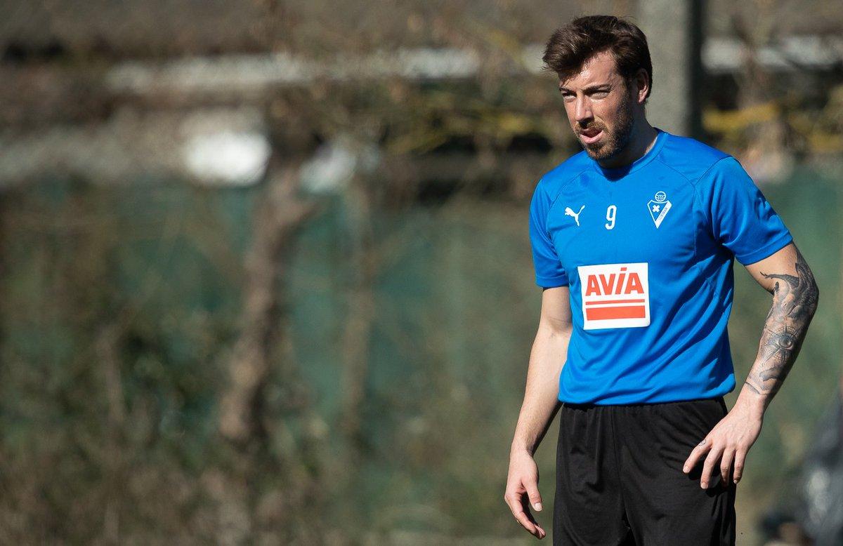Sergi Enrich, en un entrenamiento del Eibar (Foto: SDE).