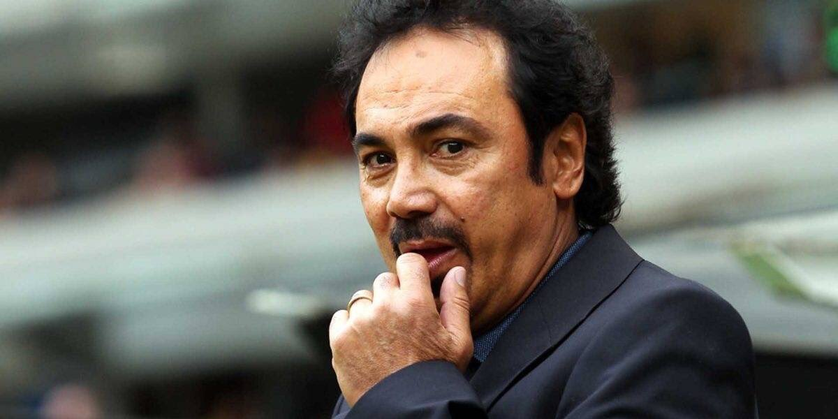 Ramón Cáceres's photo on Hugo Sánchez