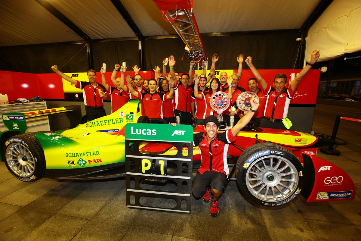 22253482218 Thanks to  LucasdiGrassi and  Daniel Abt – impressive!  throwback   HKEPrixpic.twitter.com La11gUfAqA