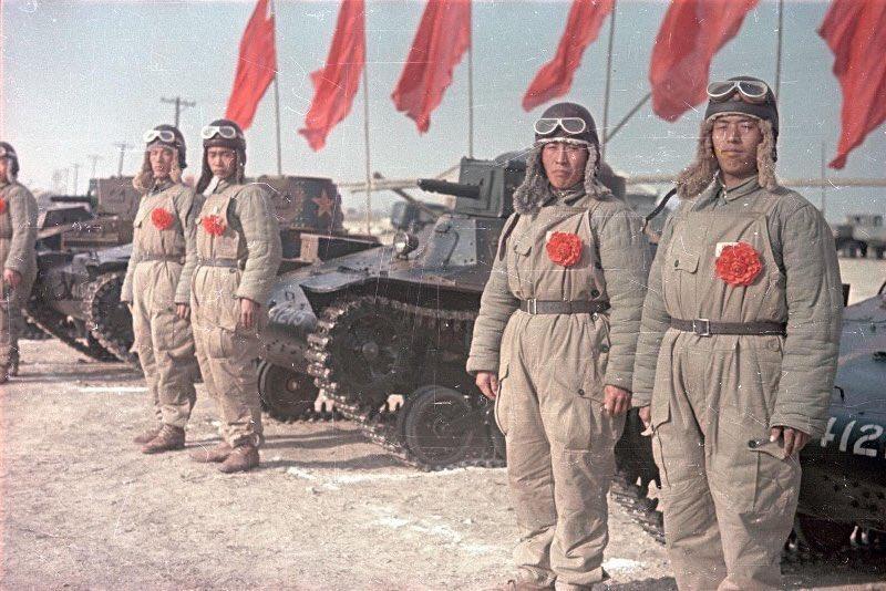CHINESE ARMY TYPE 94 TANKETTE TAKOM 1/16 D1EkE96VsAEbVnu
