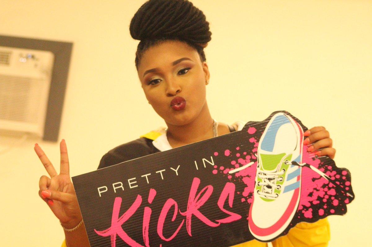 c6fd201fb1 #girlsinsneakers hashtag on Twitter