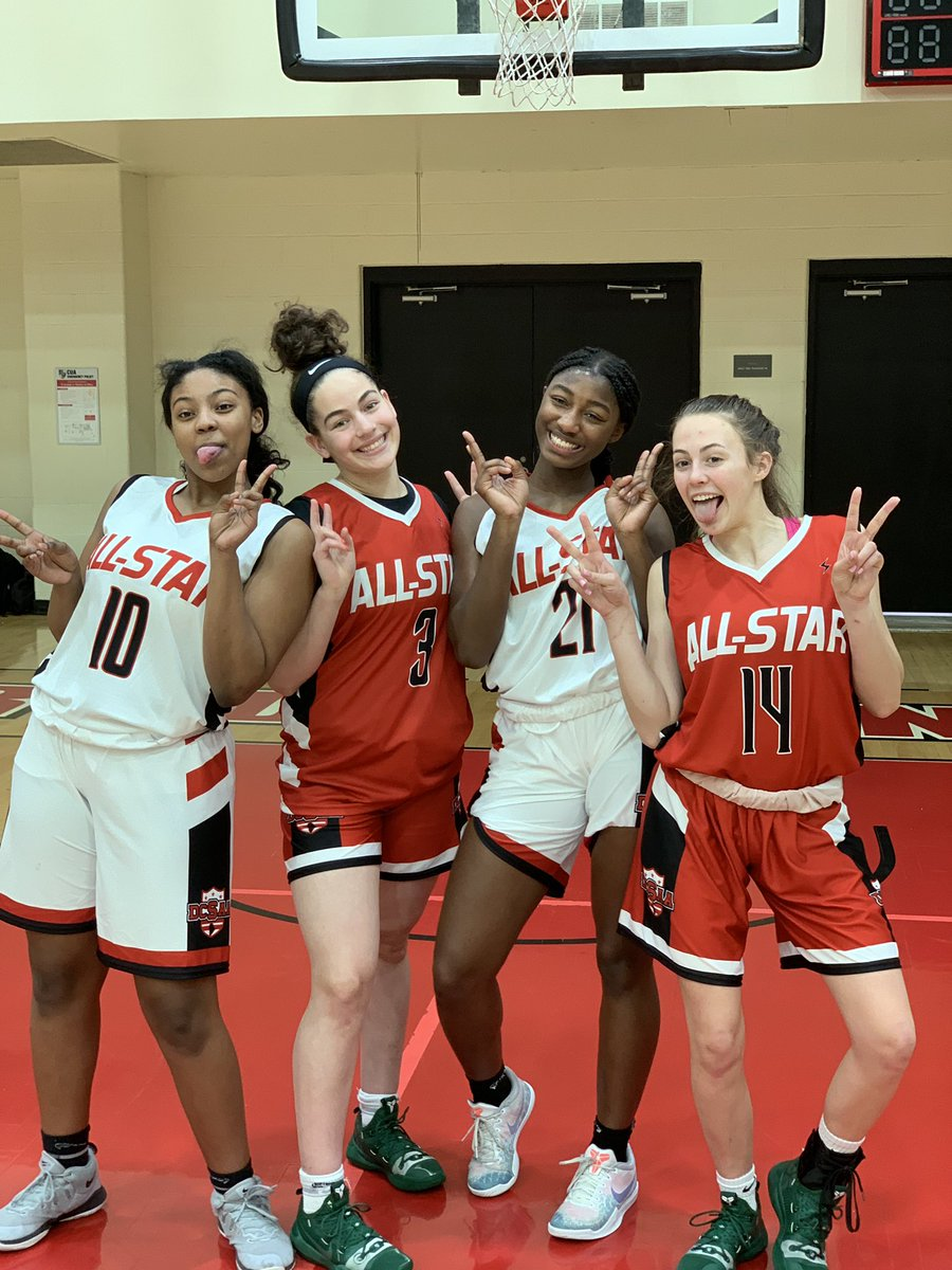 e2533a539234 And thank you for letting them keep the uniforms!pic.twitter.com 6qoW75vtE6  – at The Catholic University of America (CUA)