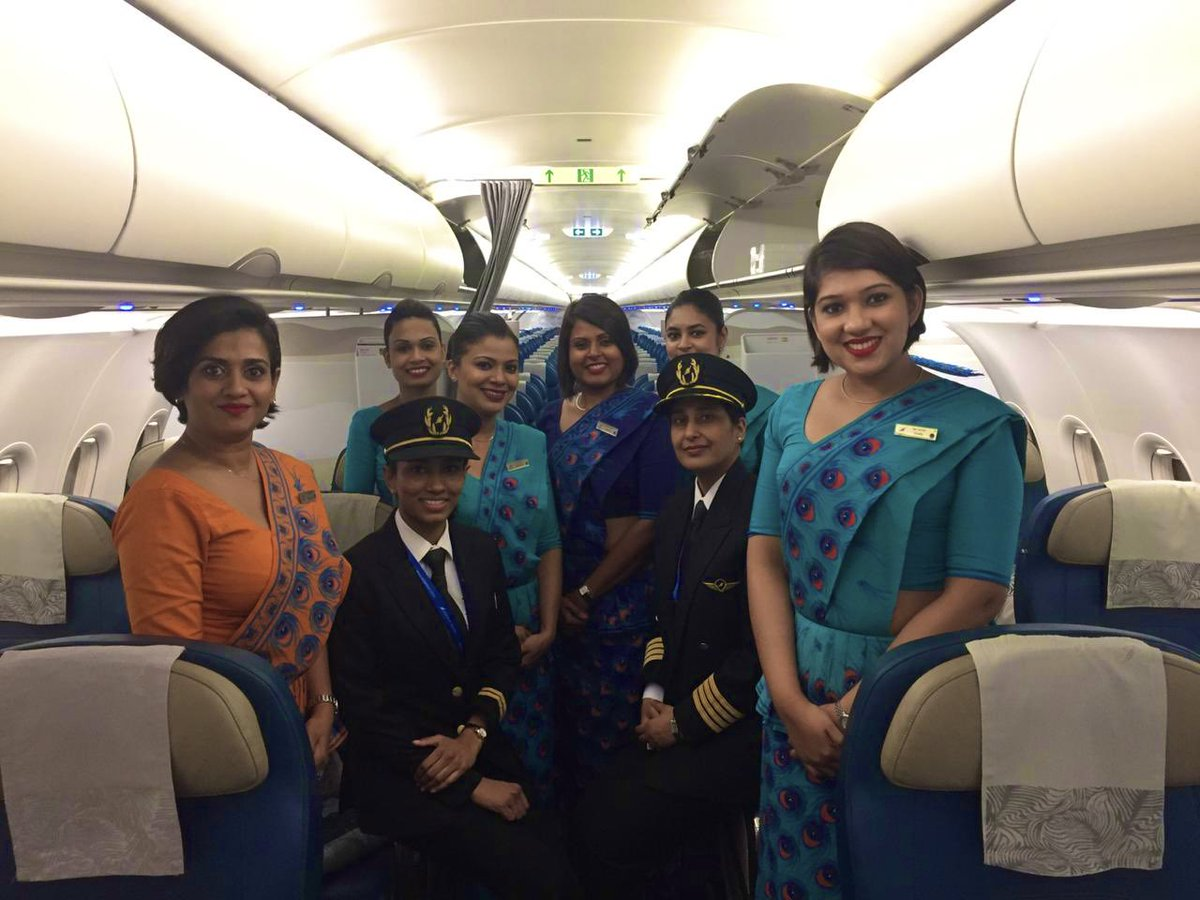SriLankan Airline's operated its first all female crew flight from Colombo  to Singapore and return,  UL306 /8th March'19 landed in Singapore #WomensDay #IWD2019 @flysrilankan #SriLanka #LKA