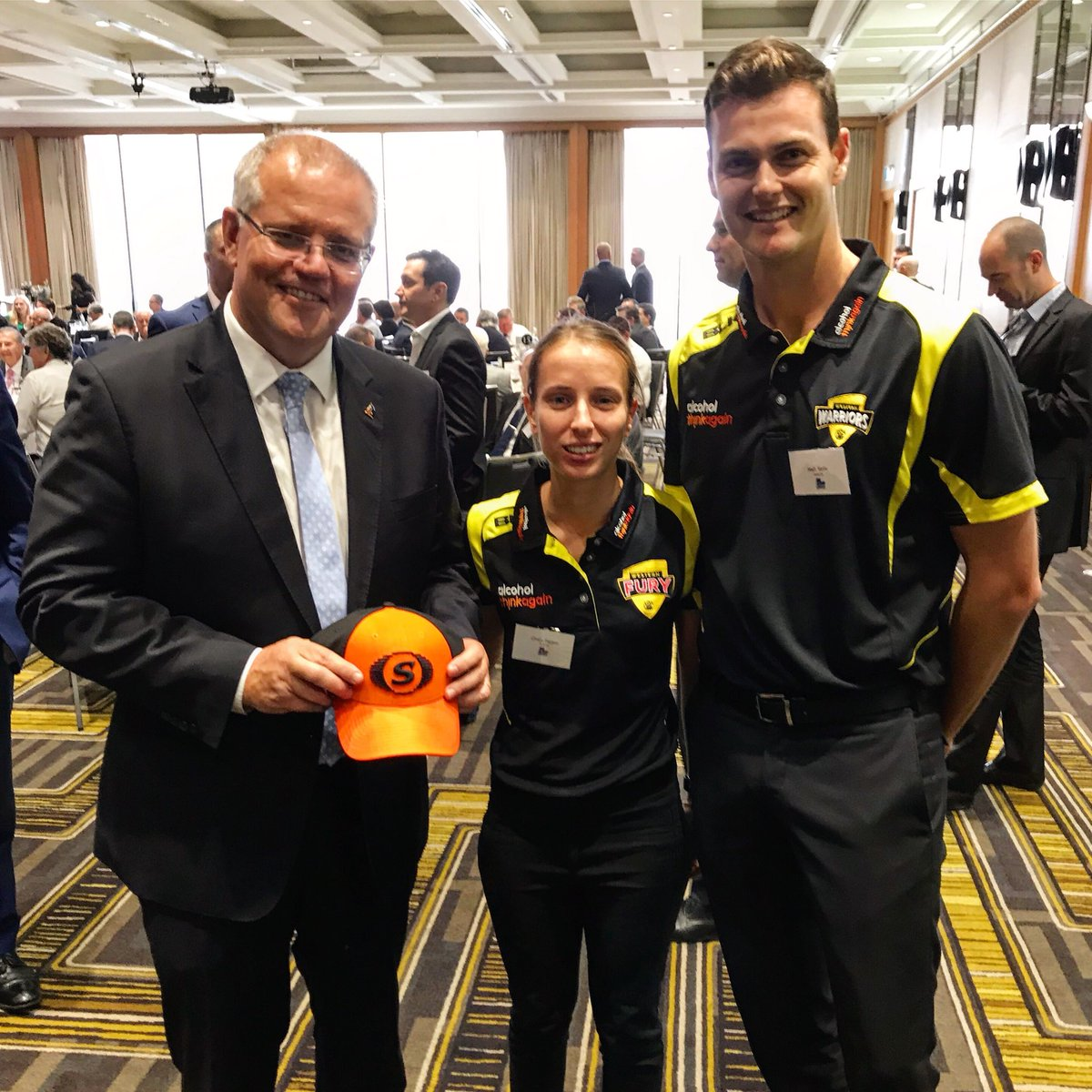 The PM adds to his sports cap collection 🧢 Great to meet you today @ScottMorrisonMP 😀 #auspol #wacafuture #wacricket #westisbest