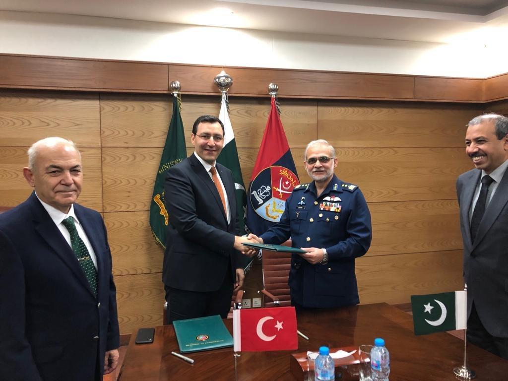شركة STM التركية تتولى تطوير غواصات Agosta 90B الباكستانية D1HrYqEU4AE2acB