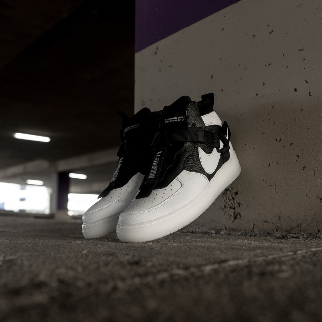 Nike Air Force 1 Mid Utility Orca