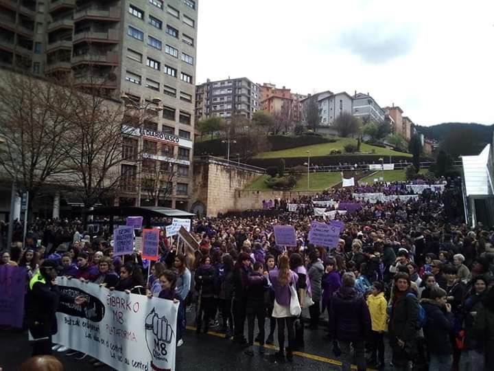 Itzela #Eibar! #M8GrebaFeminista 👏👏👏