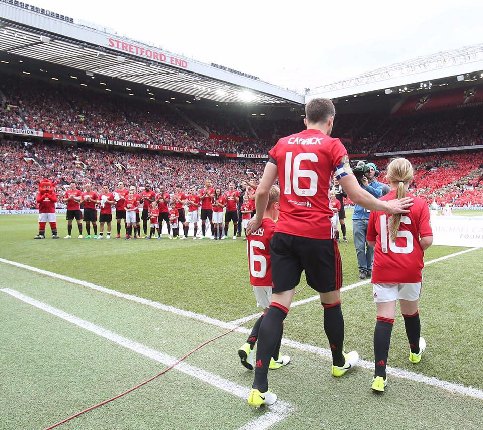 Helping underprivileged youth to feel safe, valued and inspired to achieve. We're proud of our work with the  Michael Carrick Foundation.  Find out more about the initiative here. #achieveyourdreams #manchesterunited 👟⚽  http://bit.ly/TheMichaelCarrickFoundation…  Photo Credit: @_MCFoundation