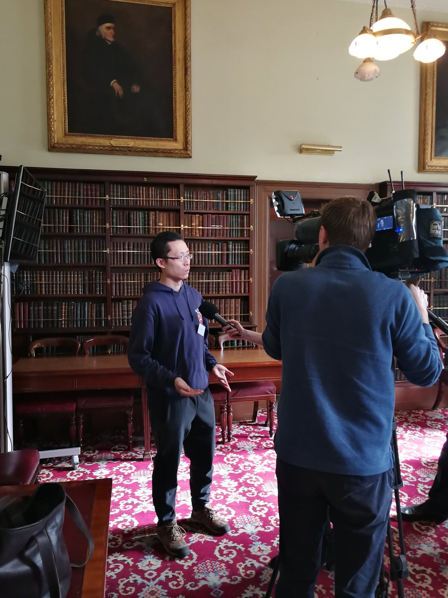 Delighted that @TG4TV came to visit us at the #23N10 conference @Library_RIA - they interviewed Irish-speakers from @EarlyIrishMU, 1 American, 1 Austrian & 1 Chinese, for #SeachtainNaGaeilge, asking about their journey to the Irish language. @ChronHib @dhaydenceltic @FCaoimh
