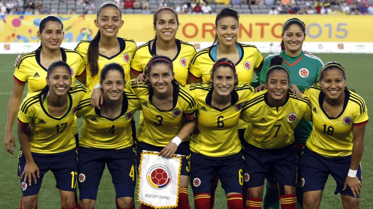 W Radio Colombia's photo on Dia Internacional