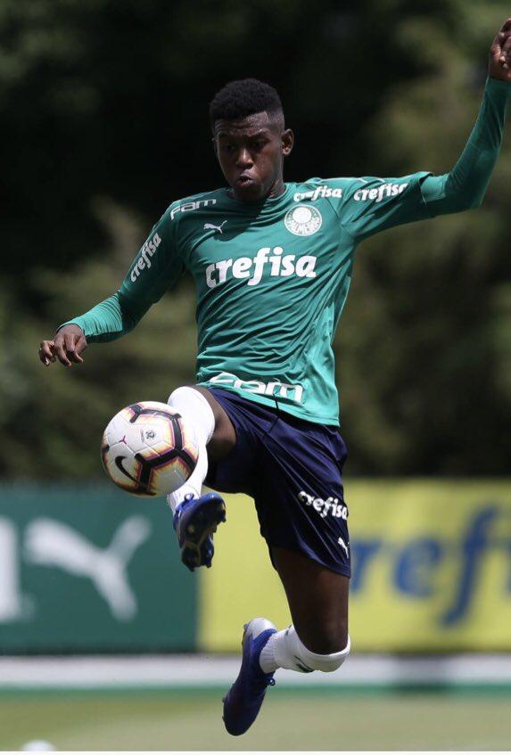 Base Palmeiras's photo on léo passos