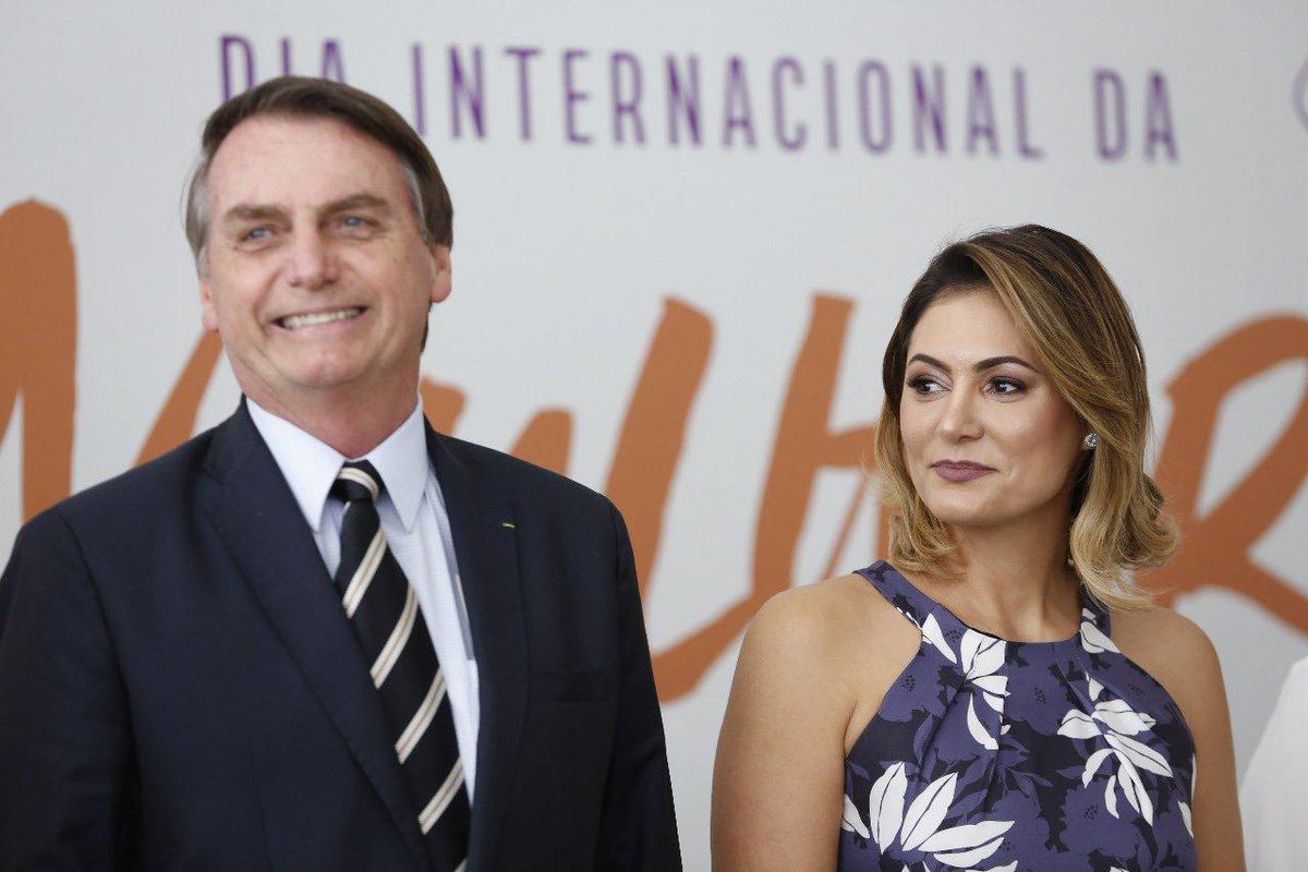 Jair M. Bolsonaro's photo on Dia Internacional