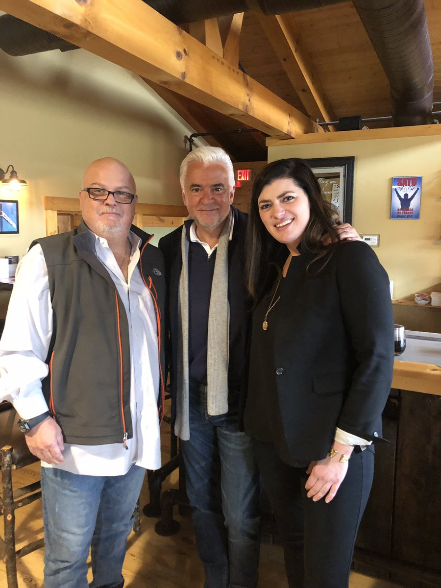 """Actor John O'Hurley (J. Peterman from @SeinfeldTV) Is the special guest for tonight's @IndyFuel """"90s Night"""" game. John visited Indy Fuel partner @BigWoodsSpdwy for a stakeholder lunch and meet 'n greet."""
