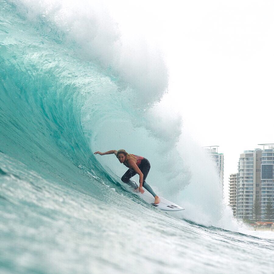Drop everything & drop in.  @lauraenever charging & fully enjoying the fruits of Cyclone Oma.