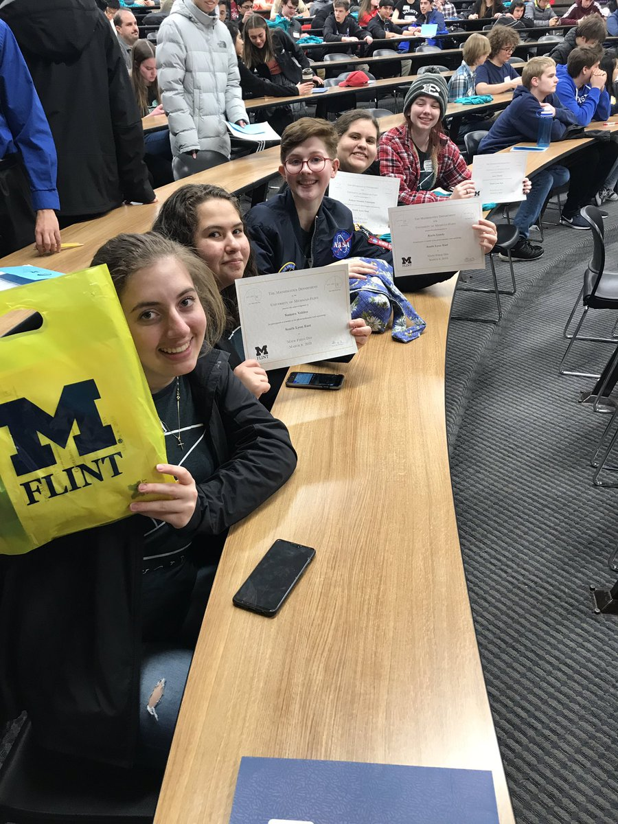 First time @SLEHSMathClub has attended #mathfieldday at U of M Flint!  Awesome job by everyone!
