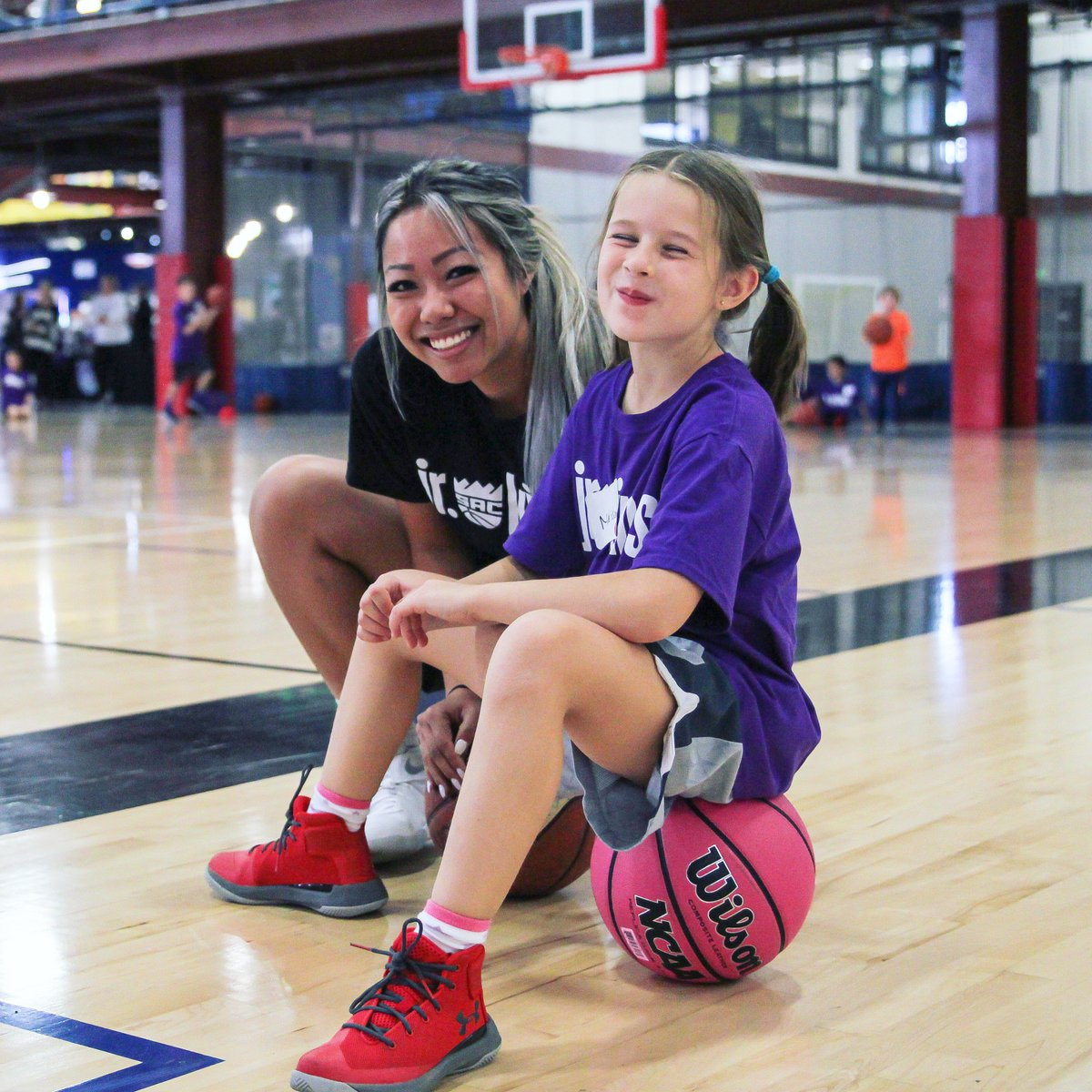 Happy International Women's Day! The Jr. Kings All-Girls Clinic is March 16th🏀  It's her time to play. Register your participant today >> https://bit.ly/2EZtSIz