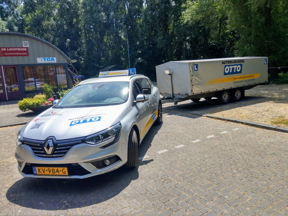 test Twitter Media - Johan Opschoor, na een geweldige examen rit heb je nu ook je BE rijbewijs. Van harte gefeliciteerd! https://t.co/8JMYC5MF8R