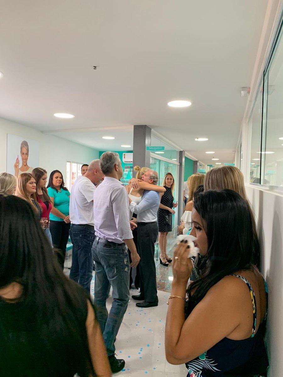 7a69efe35d892 Momento emocionante hoje durante a inauguração da nossa nova escola Instituto  Ana Hickmann no Jardim Ângela em São Paulo.