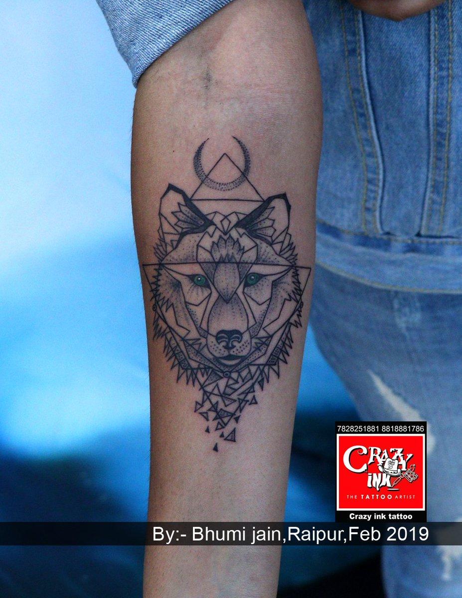 Amazing Geometric Wolf Tattoo Httpdesignby Bhumi Jain